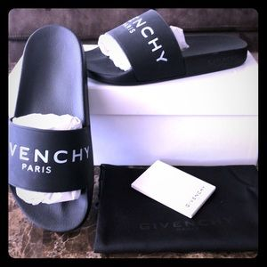 Authentic Givenchy Rubber Logo Slides 38 Euro